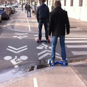 Balade en ville en hoverboard